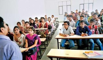 শিক্ষাপ্রতিষ্ঠান খোলার সিদ্ধান্ত বাতিলে আইনি নোটিশ