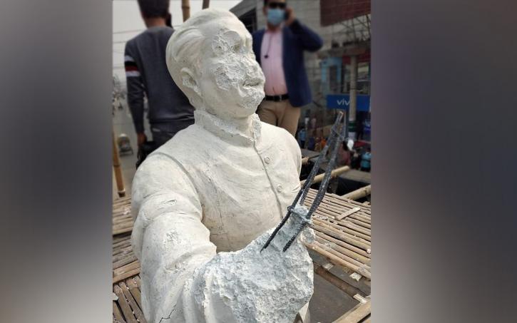 Expats in Canada condemn Bangabandhu's sculpture vandalism