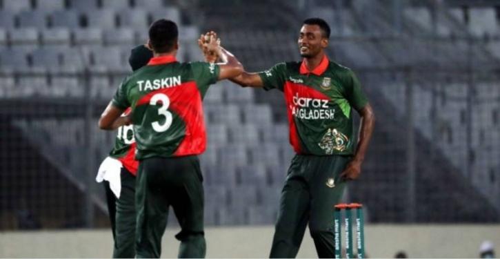 2nd ODI: Bangladesh lose 3 wickets for 50