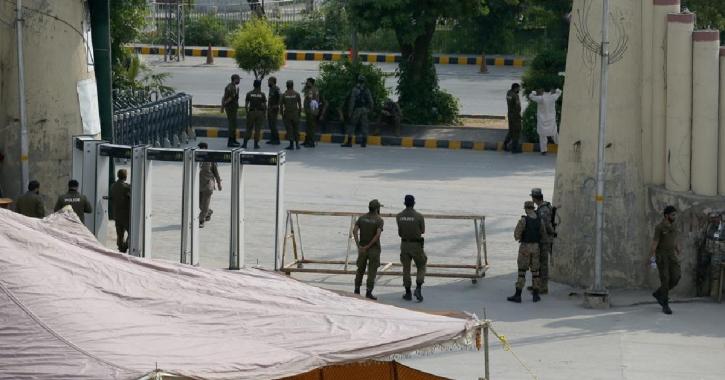 NZ abandons cricket tour of Pakistan over security concerns