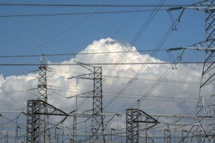 EU energy ministers discuss power price surge
