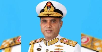 Bangladesh Navy chief visits India