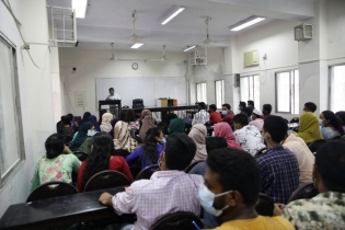 In Pictures: In-person classes resume at Dhaka University