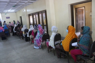 In Pictures: Mass vaccination day 3