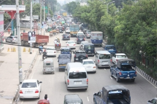 In Pictures: Increased traffic on roads