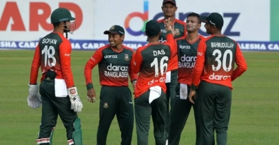 T20 World Cup: England need 125 to win against Bangladesh