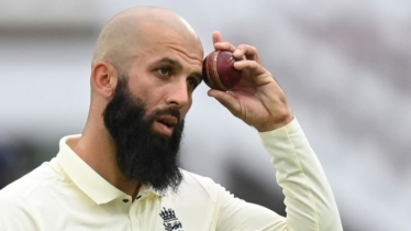 All-rounder Moeen Ali announces retirement from Test cricket
