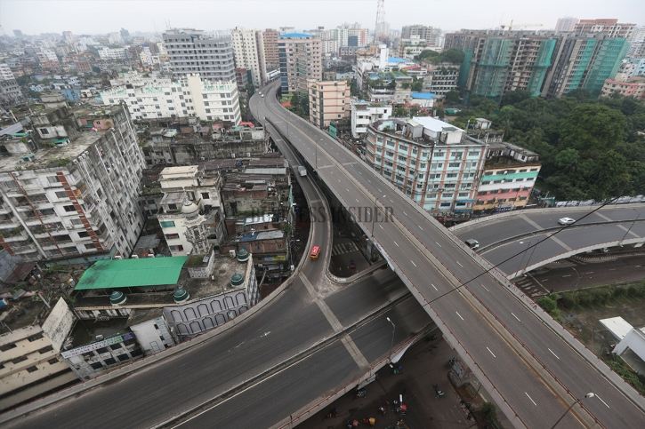 In Pictures: Dhaka wears deserted look on first day of lockdown