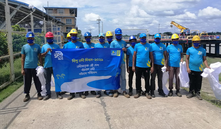 Energypac cleans up river on World Rivers Day
