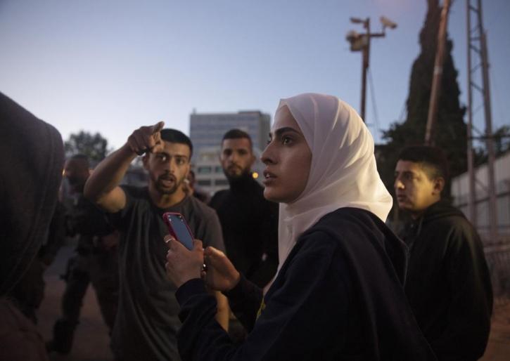 Israel arrests Jerusalem activists in contested neighbourhood