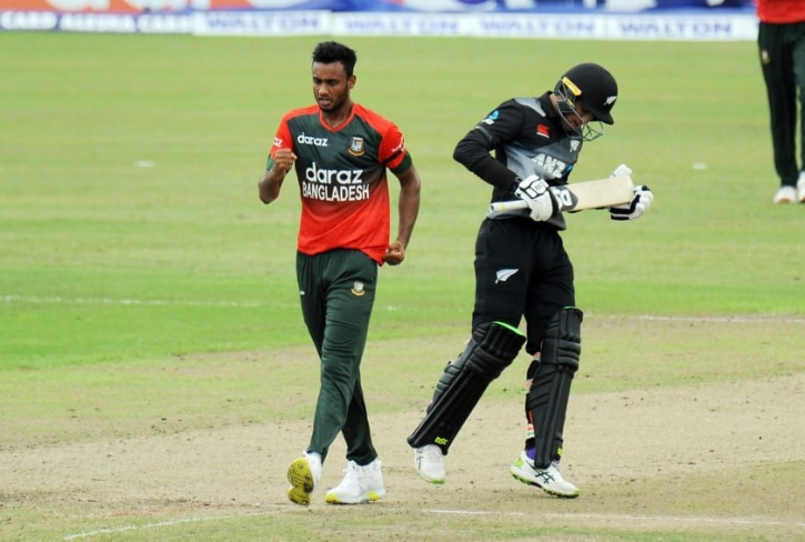 New Zealand post 161 in the final T20I of the series